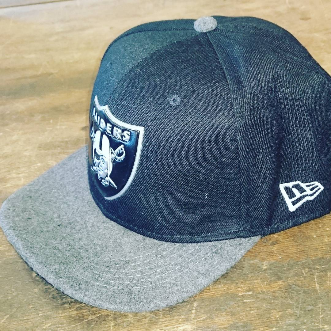 New Era Raiders 9FIFTY adjustable snapback noir/blanc/gris