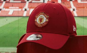 c8a312f3f9d8f ... Manchester United Retro Series. CLASS OF  77