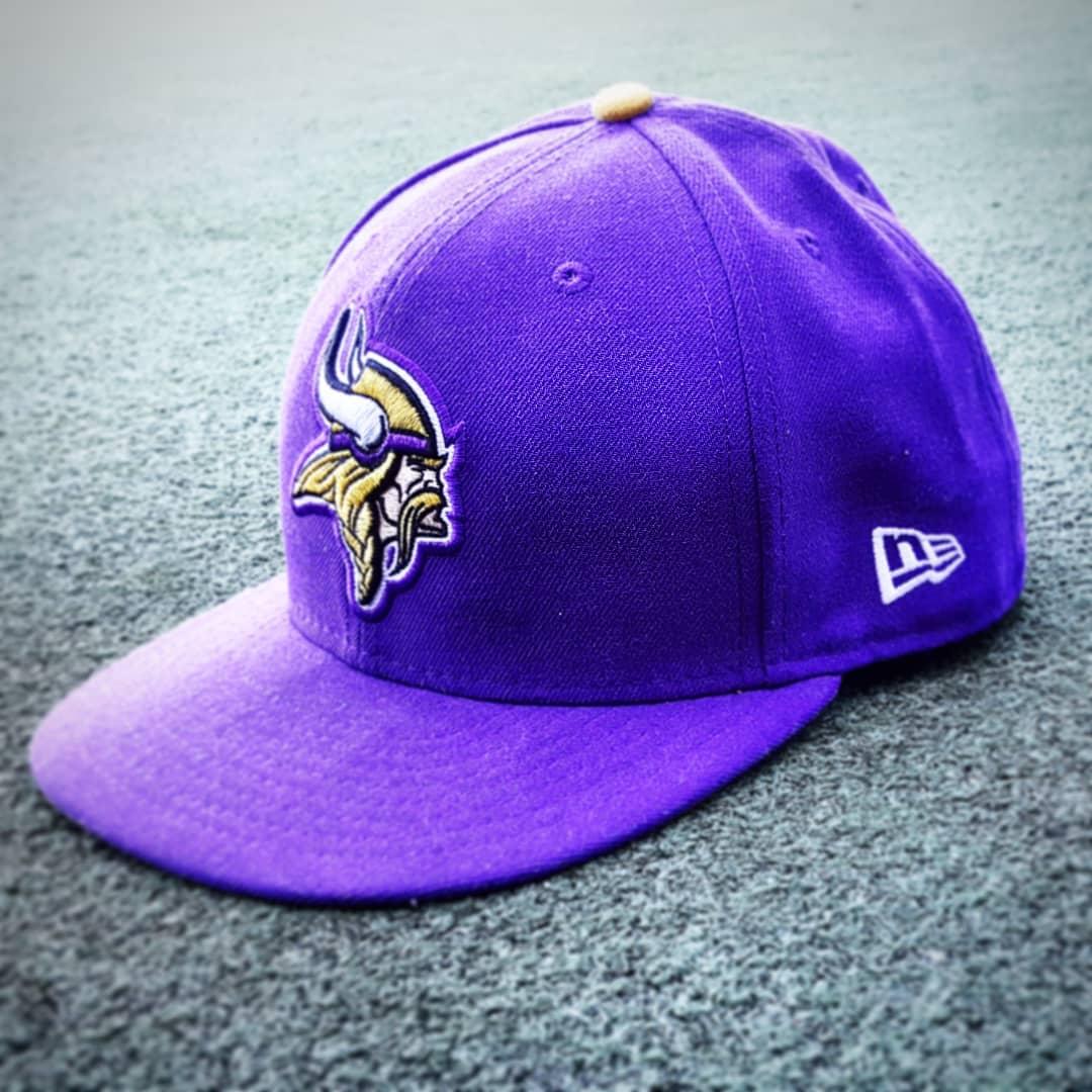 Casquette violette des Vikings