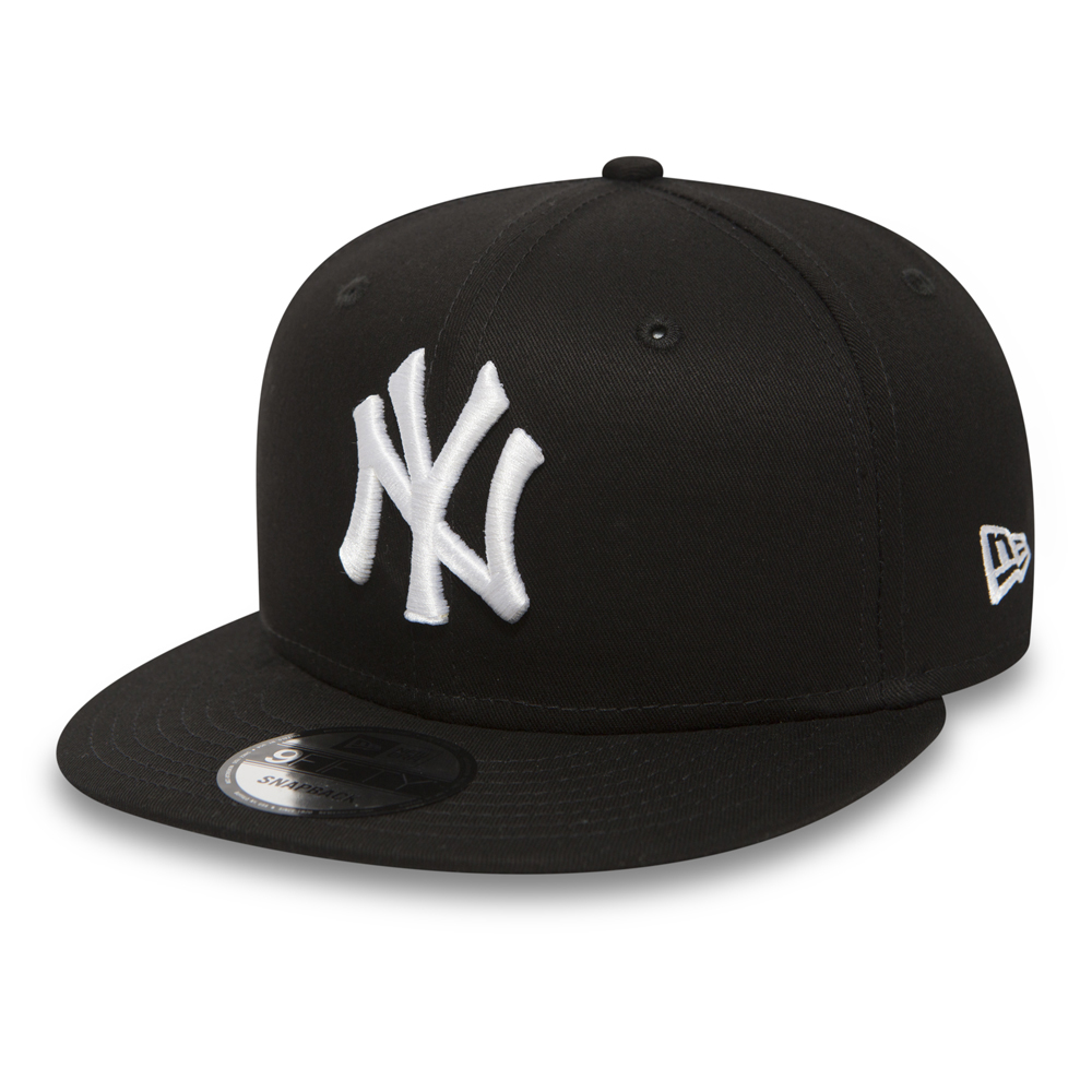 NY Yankees White on Black 9FIFTY Snapback
