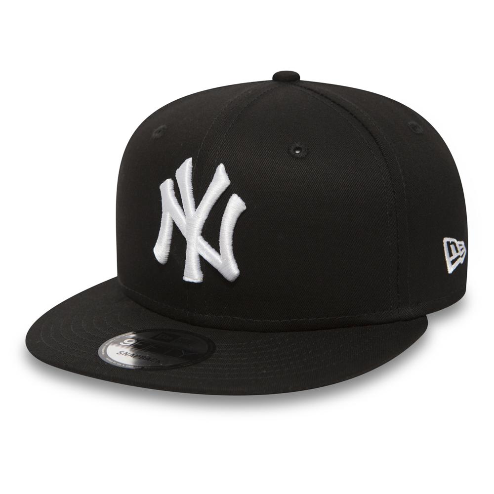 NY Yankees White on Black 9FIFTY Snapback