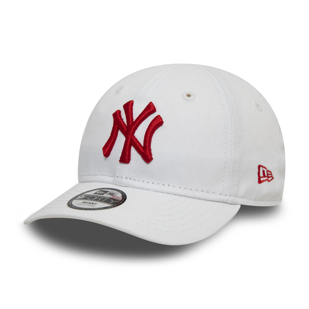 Gorra New York Yankees Essential 9FORTY bebé, blanco