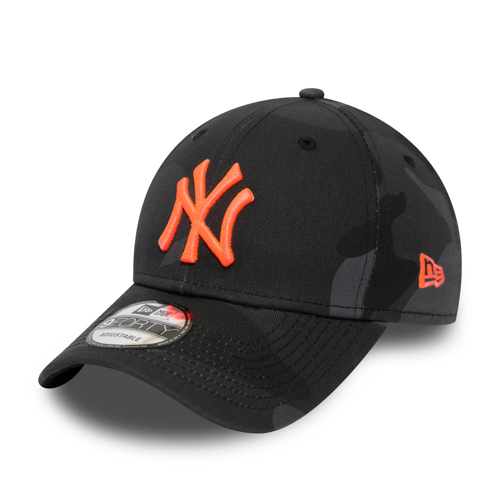 New York Yankees Neon Logo Black Camo 9FORTY Cap