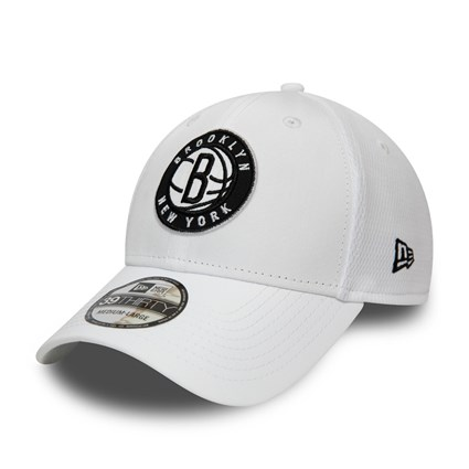 Brooklyn Nets Dashback White 39THIRTY Cap