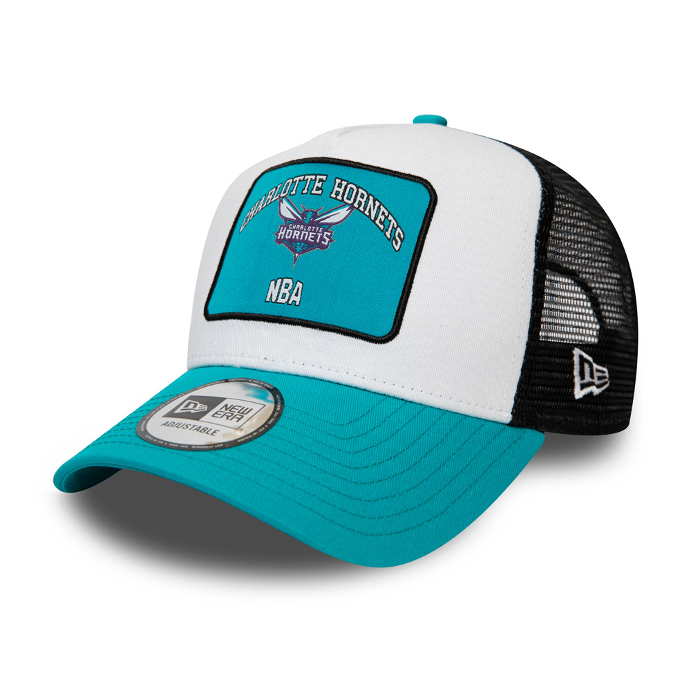 Gorra trucker A-Frame Charlotte Hornets Graphic Patch, blanco