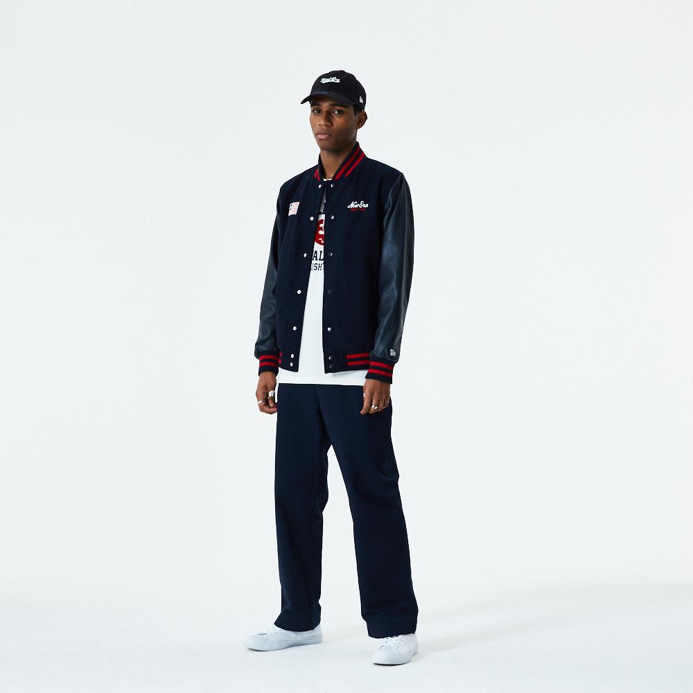 New Era – Heritage – Varsity-Jacke mit Flagge
