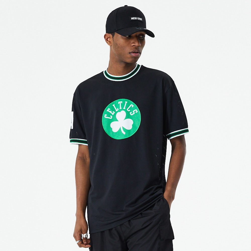 Boston Celtics – Oversized T-Shirt in Schwarz mit Applikation