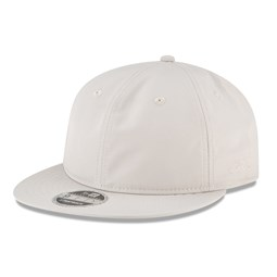 Fear of God ESSENTIALS Moonstruck White Retro Crown 9FIFTY Cap