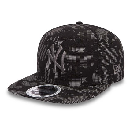 33aee1eb4e7258 NY Yankees Night Time Reflective OF 9FIFTY Snapback | New Era