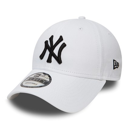 efb1f96d0ec New York Yankees Essential White and Black 9FORTY