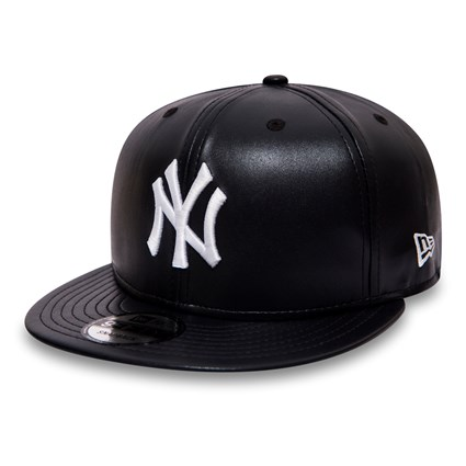 b35263faf49 New York Yankees Navy Leather 9FIFTY Snapback