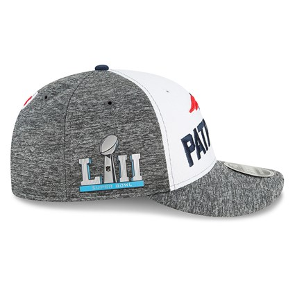 new product 666d2 4a7ab ... New England Patriots Super Bowl LII Sideline 9FIFTY Snapback
