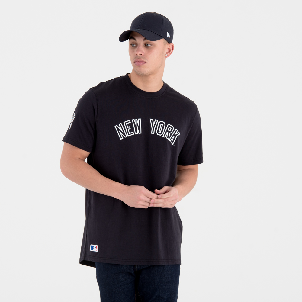 T-shirt New York Yankees University Club avec inscription