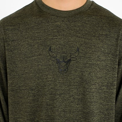 Chicago Bulls Engineered Fit Long Sleeve Tee