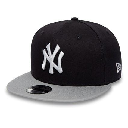 New York Yankees Infant Essential 9FIFTY Snapback  b57e07f1652