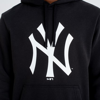 sports shoes e8082 9228c New York Yankees Team Logo Black Hoodie | New Era