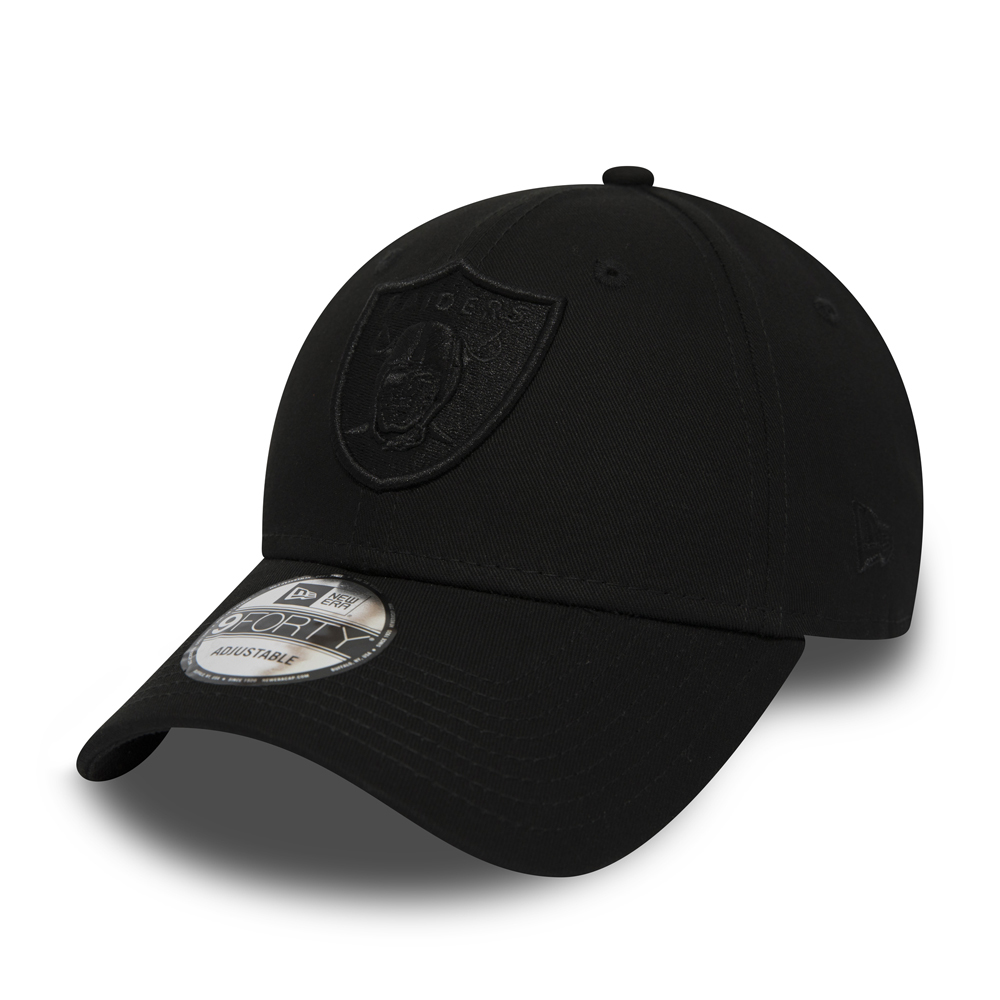 new product 6ac7f 587a9 Oakland Raiders Black on Black 9FORTY Snapback