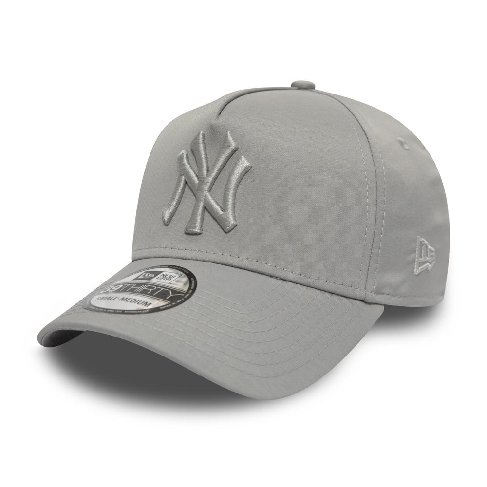 356339ae1a0 New Era Team Classic 3930 Chicago White Sox Game FlexFit Hat  (Black ...