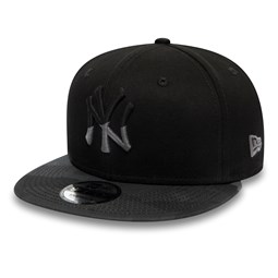 New York Yankees Essential Camo 9FIFTY Snapback