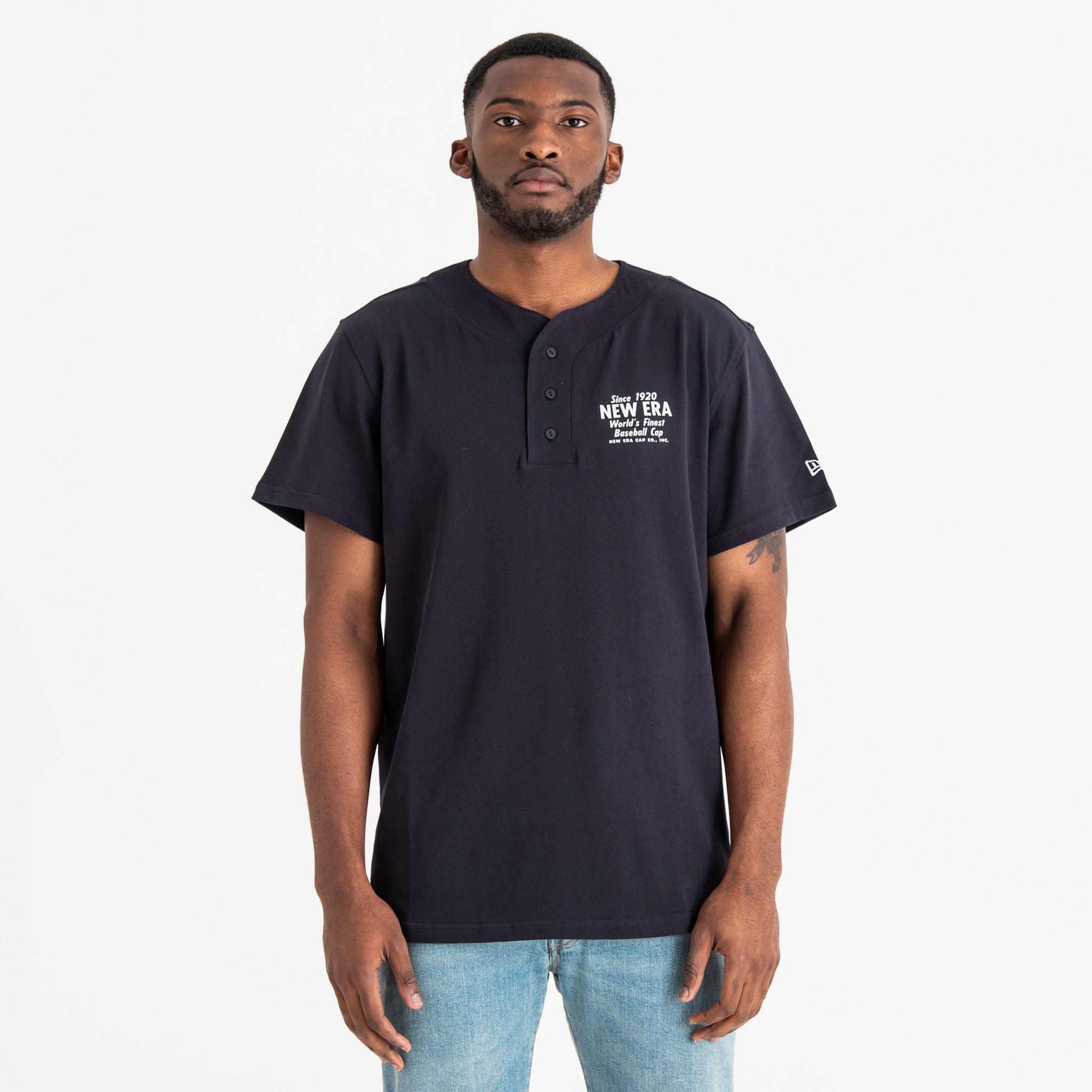 Camiseta abotonada New Era Script