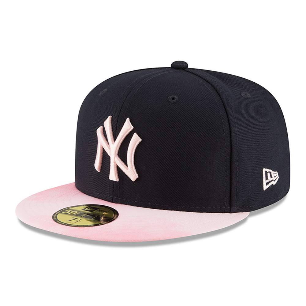 b50d3283e24e7 New York Yankees Mothers Day On Field 59FIFTY