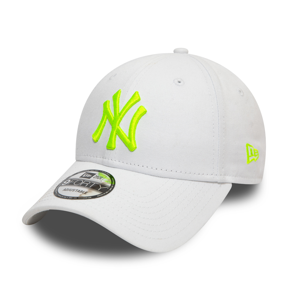 New York Yankees Essential Neon Green Logo 9FORTY