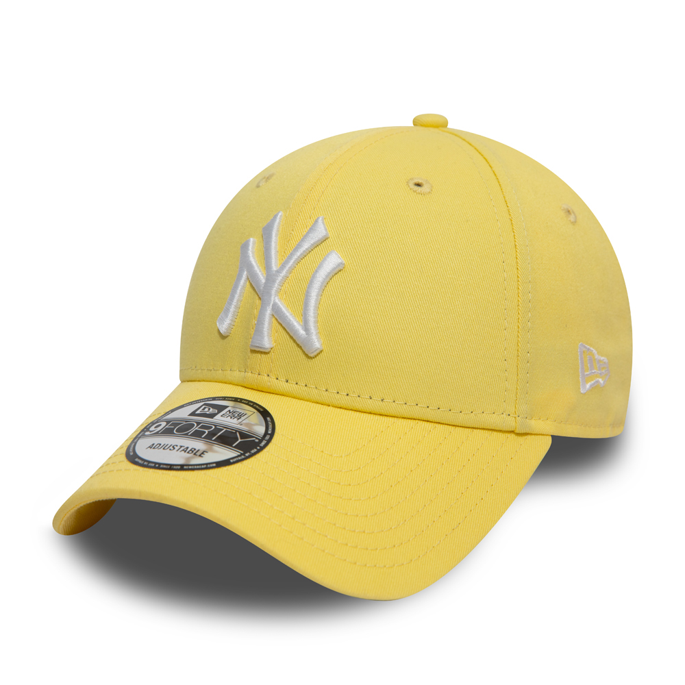 New York Yankees Essential Pastel Yellow 9FORTY