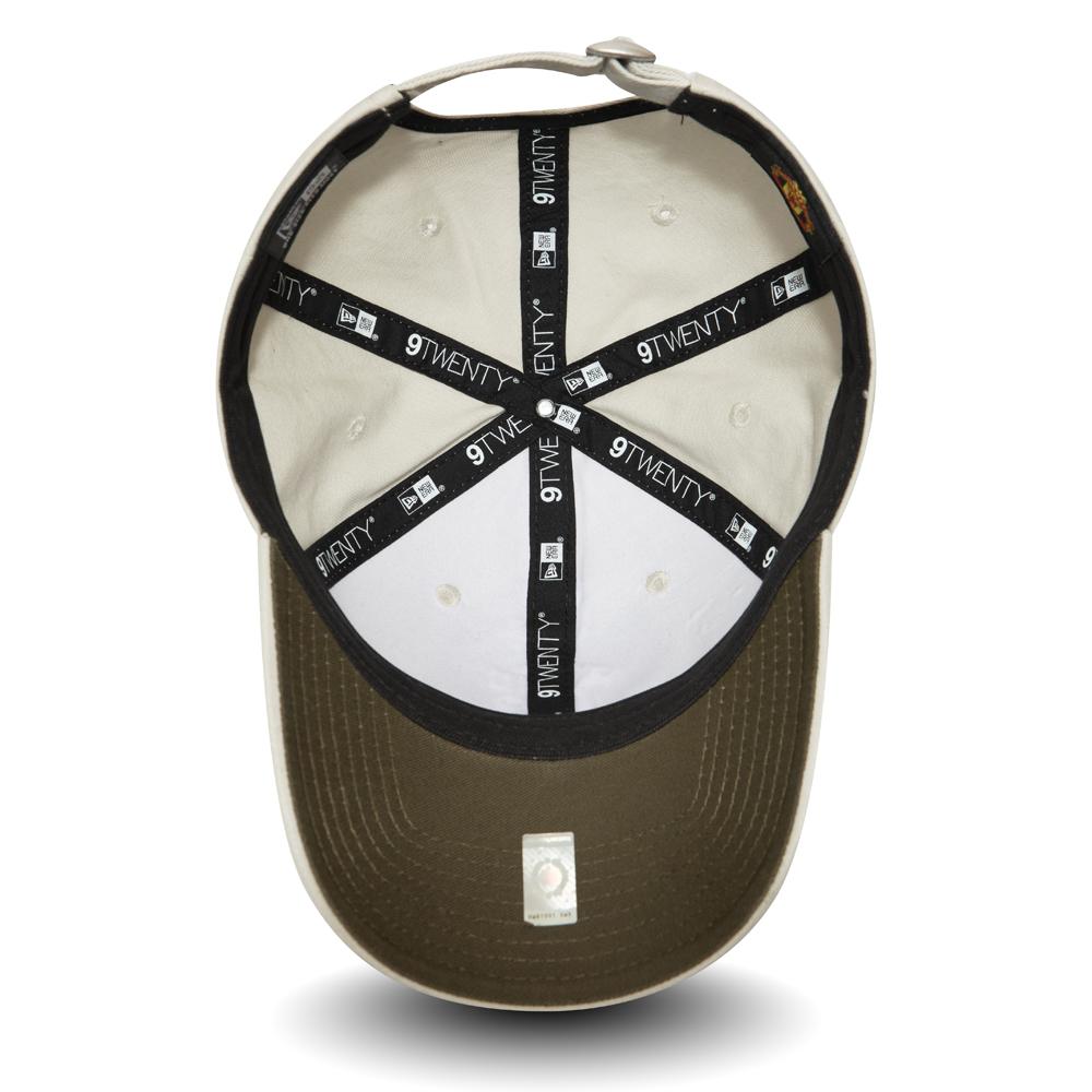 Manchester United New Era Stone Wash 9TWENTY Adjustable Hat Cream