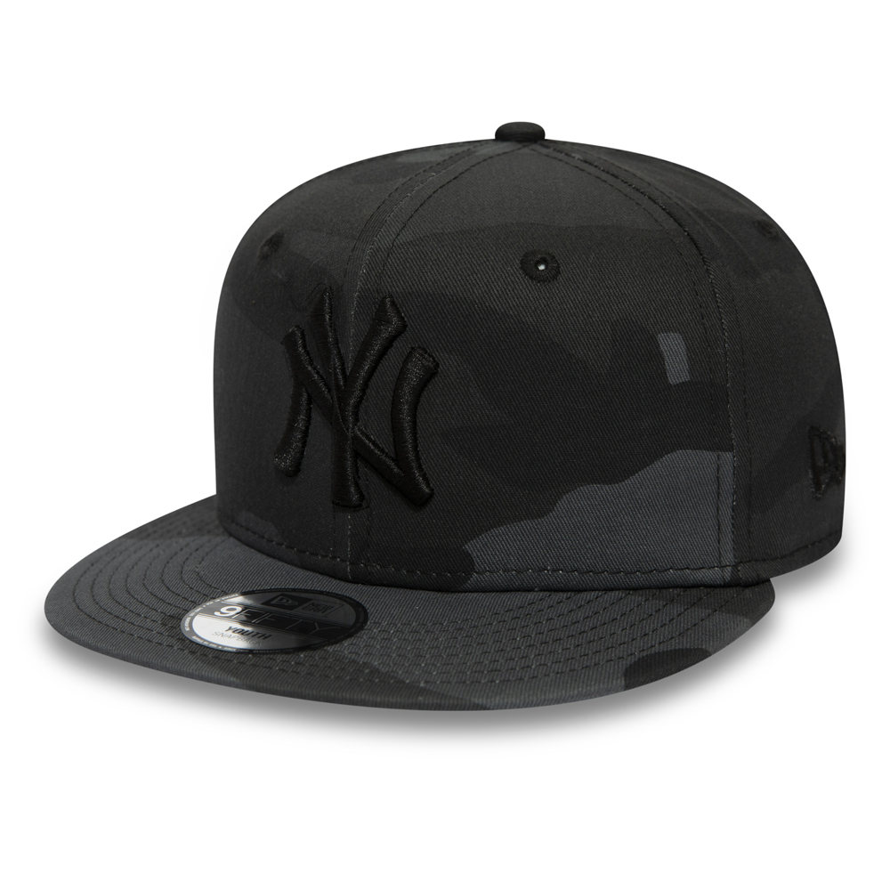 eee95ccef230b1 New York Yankees Midnight Camo Kids 9FIFTY SNAPBACK