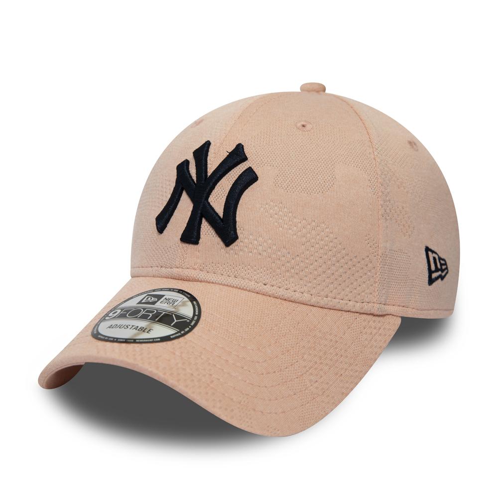 New York Yankees Engineered Plus 9FORTY, rosado