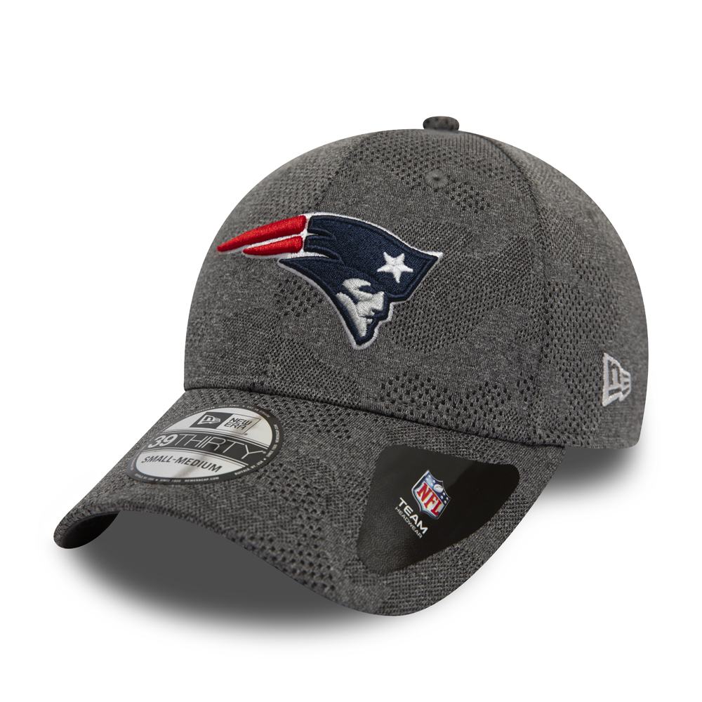 d52c1fb61db4e5 NFL American Football Caps, Hats & Clothing | New Era