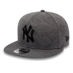 fc21fa66bd7657 New York Yankees Engineered Plus Grey 9FIFTY SNAPBACK
