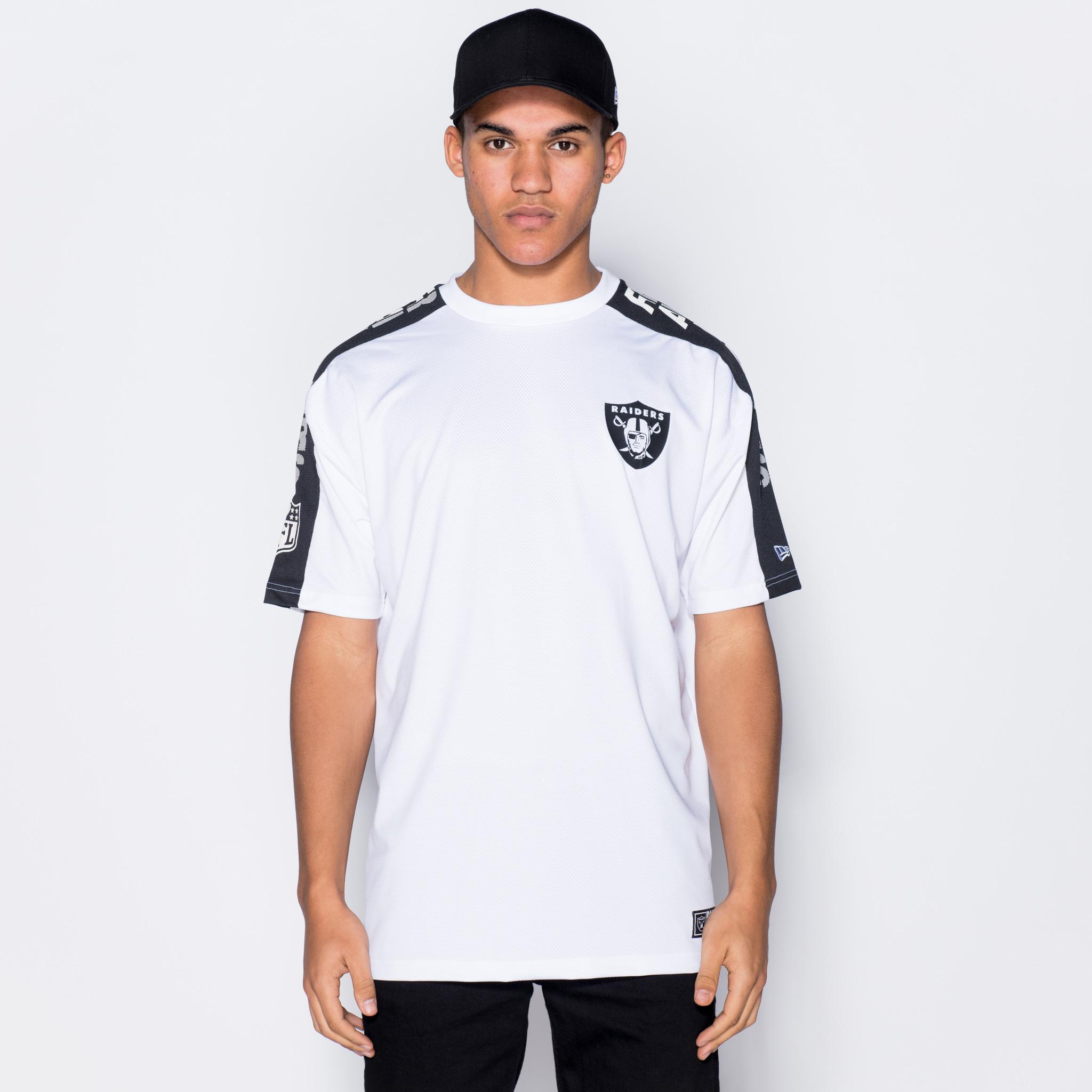 Camiseta Oakland Raiders Oversized Shoulder Print
