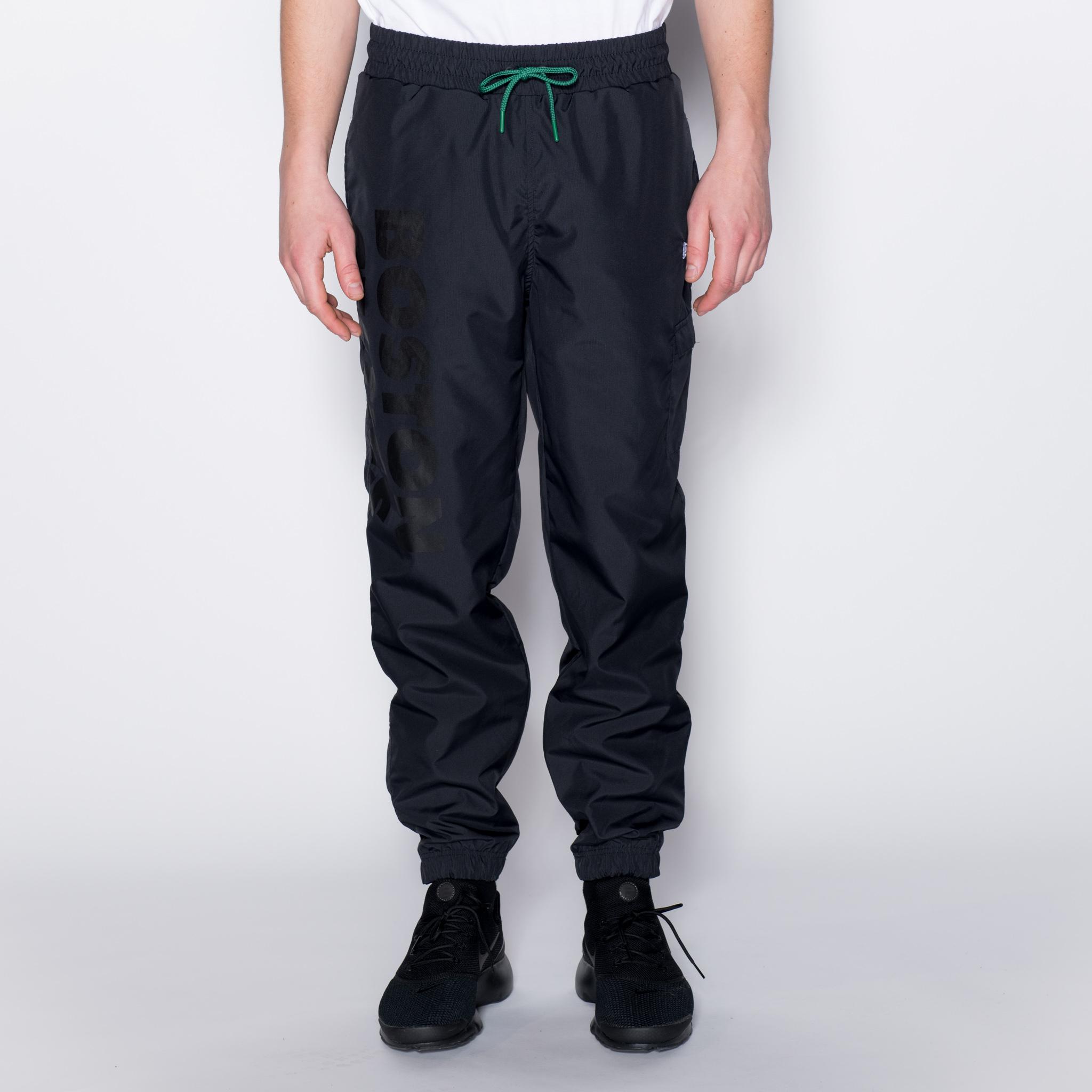 Pantalones de chándal Boston Celtics Wordmark, negro