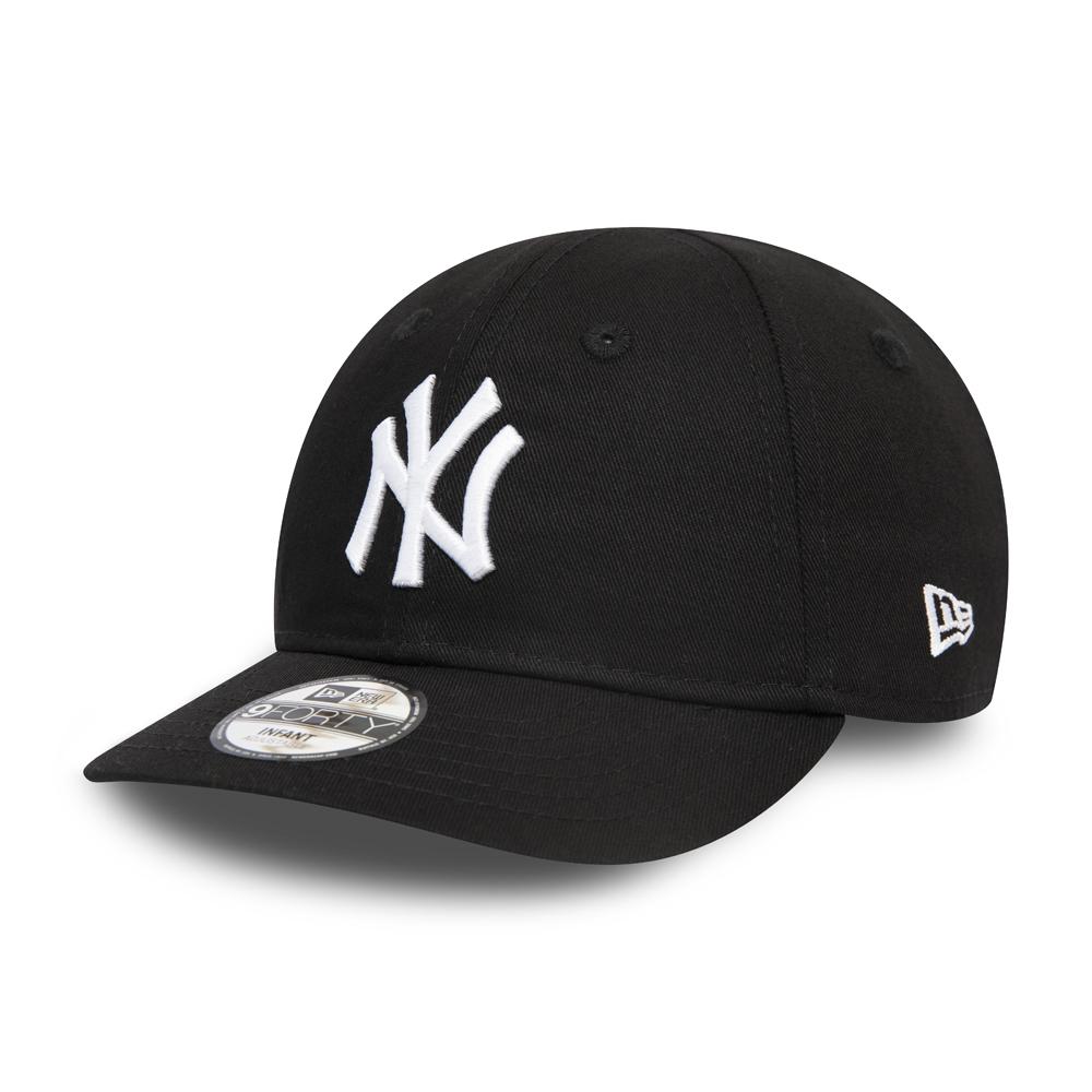 New York Yankees Essential Black 9FORTY