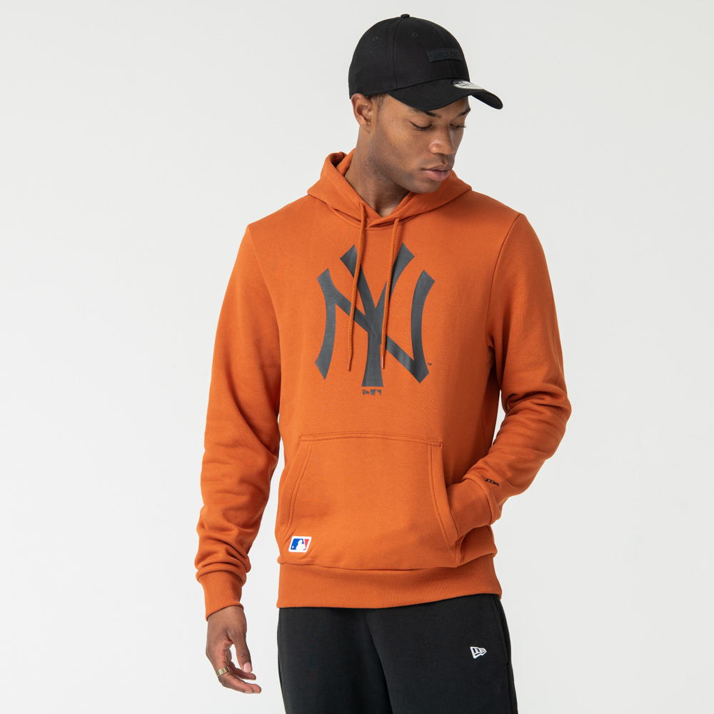 New York Yankees Logo Rust Pullover Hoodie | New Era Cap Co.