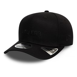 Gorra New Era Essential Stretch Snap 9FIFTY, completamente en negro