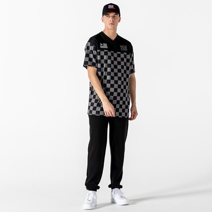 New Era Checkered Oversized Black T-Shirt