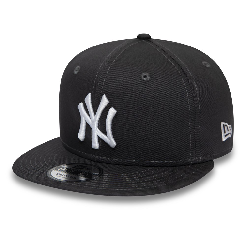 New York Yankees Essential Graphite 9FIFTY Snapback Cap
