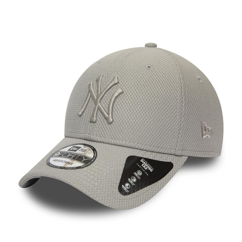 Gorra New York Yankees Diamond Era Essential 9FORTY, gris