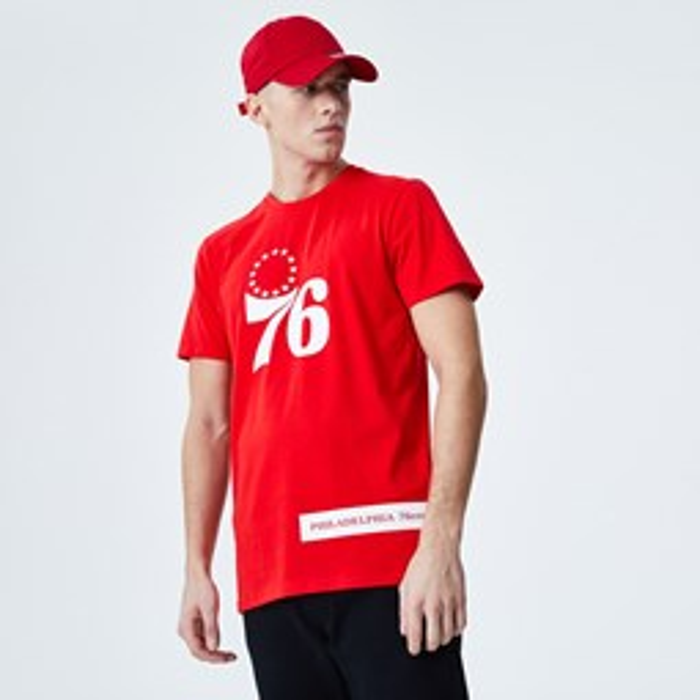 Camiseta Philadelphia 76ERS Block Wordmark, rojo