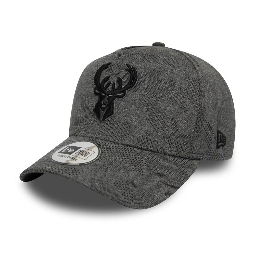 """Milwaukee Bucks """"Engineered Plus"""" Trucker-Kappe in Grau"""