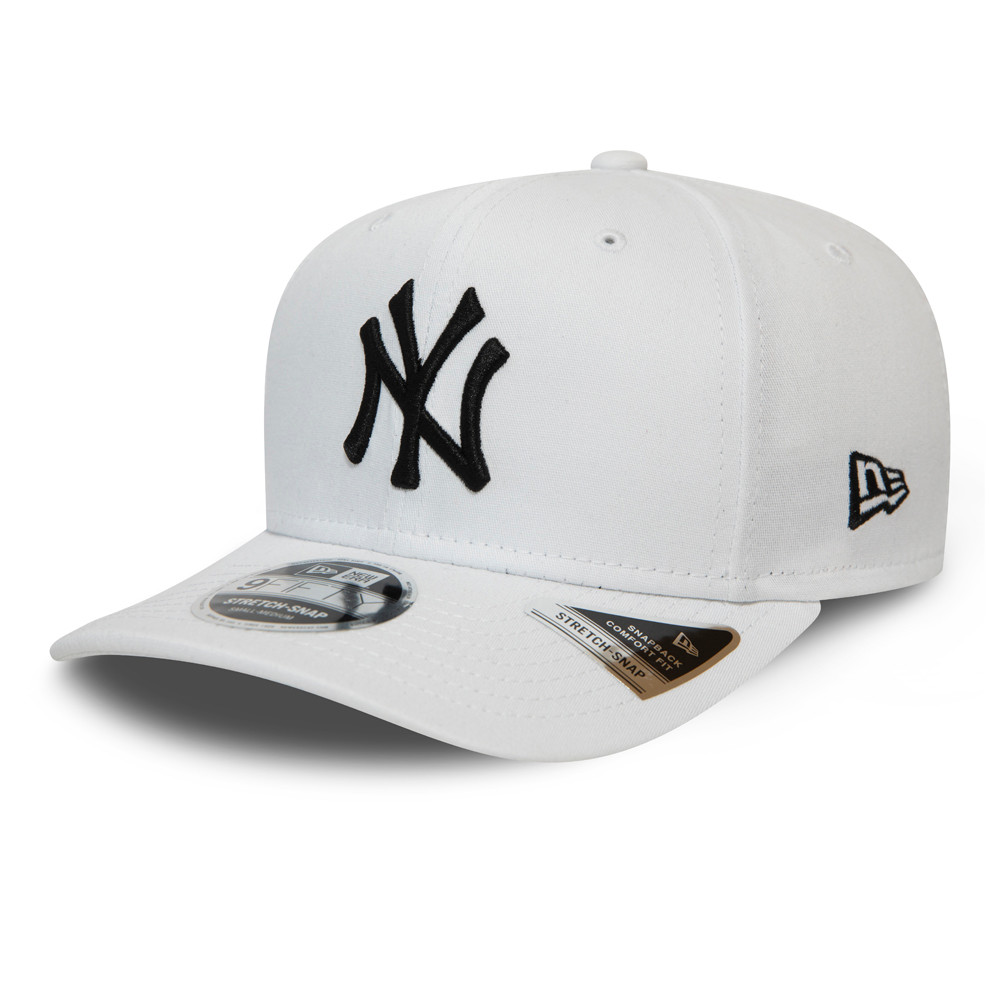 New York Yankees Essential White 9FIFTY Stretch Snap Cap