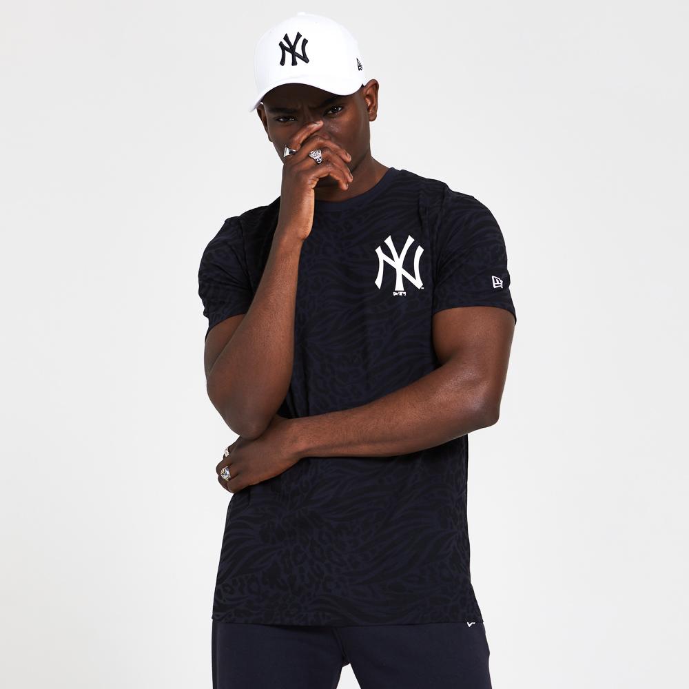 New York Yankees All Over Print Black T-Shirt
