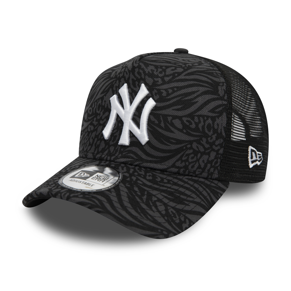 New York Yankees Hook All Over Print Black Trucker