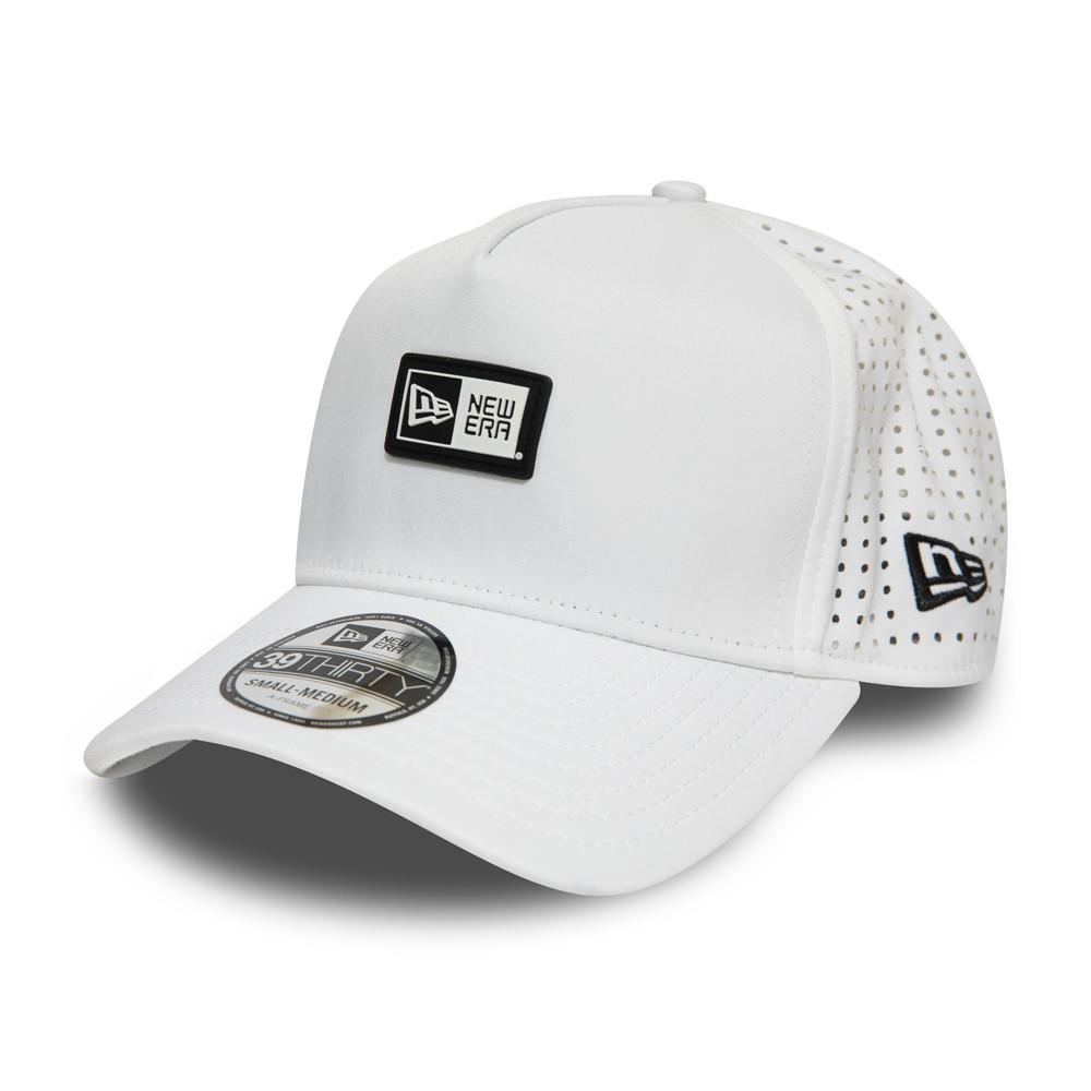 New Era Logo Patch A-Frame Trucker bianco