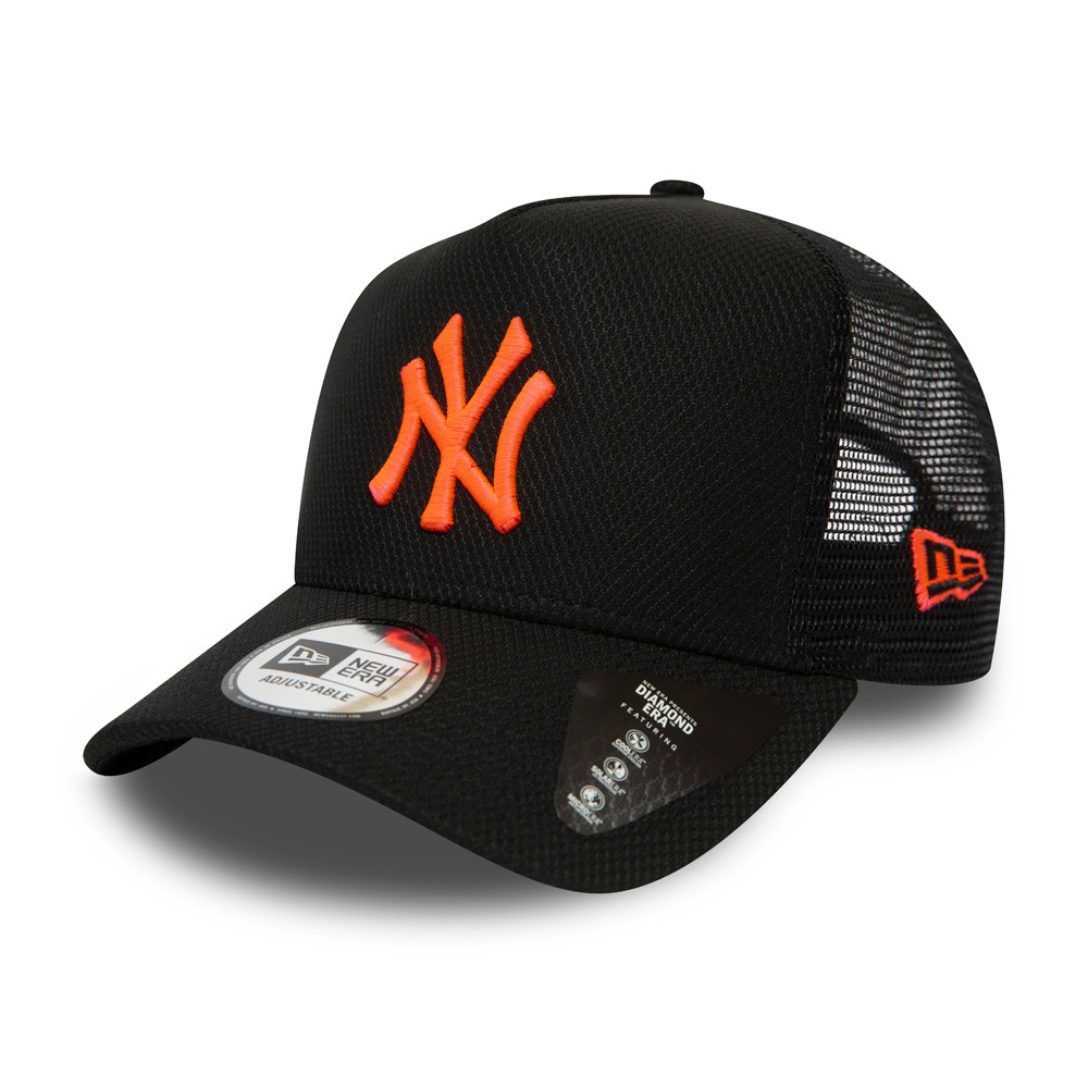 Gorra trucker New York Yankees Diamond Era Neon Pink Logo, negro