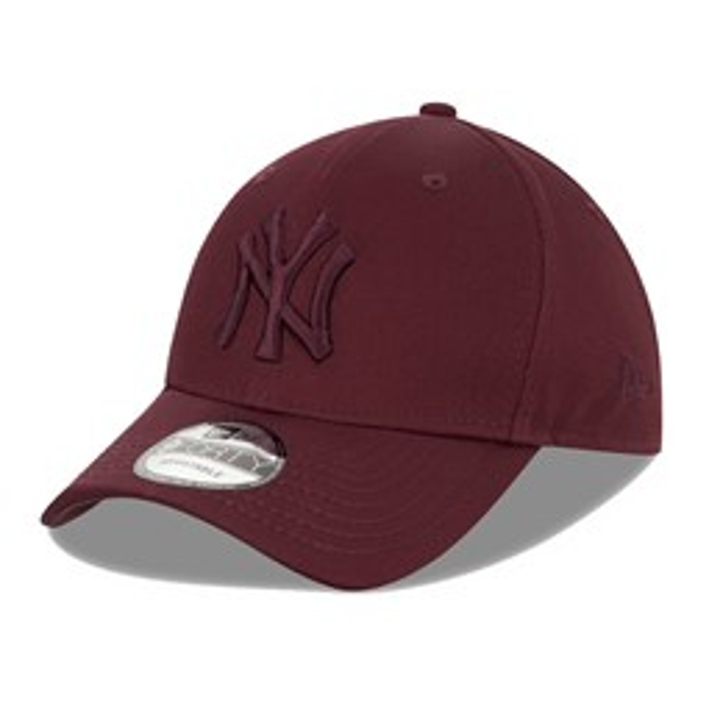 New York Yankees Maroon 9FORTY Snapback Cap